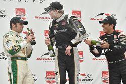 Podium: race winner Race winner Josef Newgarden, CFH Racing Chevrolet, second place Luca Filippi, CFH Racing Chevrolet, third place Helio Castroneves, Team Penske Chevrolet