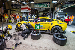 Boxenstopp für #64 Corvette Racing, Corvette C7.R: Jordan Taylor, Oliver Gavin, Tommy Milner