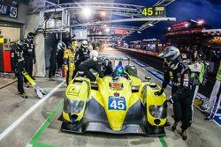 Pit stop per #45 Ibanez Racing ORECA 03R: Pierre Perret, José Ibanez, Ivan Bellarosa