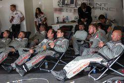 Equipo de mecánicos de Porsche team