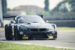 Timo Glock, Alex Zanardi, Bruno Spengler testam a BMW Z4 GT3 para a ROAL Motorsport