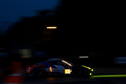 Ferrari 458 GTE команды SMP Racing: Андреа Бертолини, Виктор Шайтар и Алексей Басов