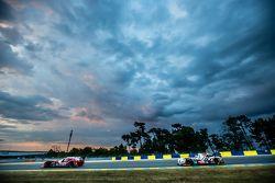 #22 Nissan Motorsports Nissan GT-R LM NISMO: Harry Tincknell, Alex Buncombe, Michael Krumm, #38 Jota