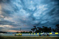 #64 Corvette Racing Corvette C7.R: Jordan Taylor, Oliver Gavin, Tommy Milner, #42 Strakka Racing Str