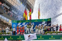 LMP1 podium: class and overall winners Porsche Team: Nico Hulkenberg, Nick Tandy, Earl Bamber, secon