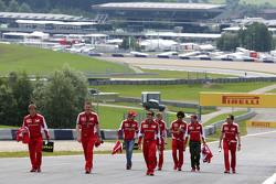 Эстебан Гутьеррес, Scuderia Ferrari и Себастьян Феттель, Scuderia Ferrari