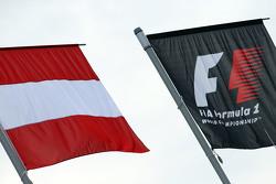 Bandiere dell'Austria e F1