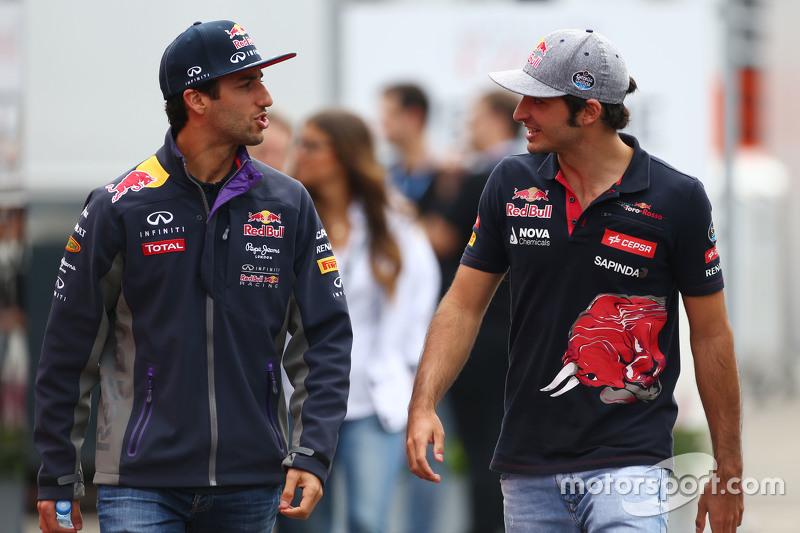 Daniel Ricciardo, Red Bull Racing con Carlos Sainz Jr., Scuderia Toro Rosso