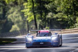 #21 Nissan Motorsports Nissan GT-R LM NISMO : Tsugio Matsuda, Lucas Ordonez, Mark Shulzhitskiy