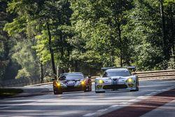 #72 SMP Racing, Ferrari 458 GTE: Andrea Bertolini, Viktor Shaitar, Alexey Basov und #53 Riley Motors