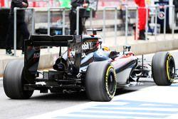 Fernando Alonso, McLaren MP4-30 - diffuseur
