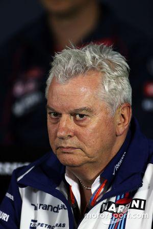 Pat Symonds, Director Técnico de Williams en la conferencia de prensa de la FIA