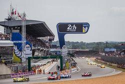 Start: #45 Ibanez Racing ORECA 03R: Pierre Perret, José Ibanez, Ivan Bellarosa