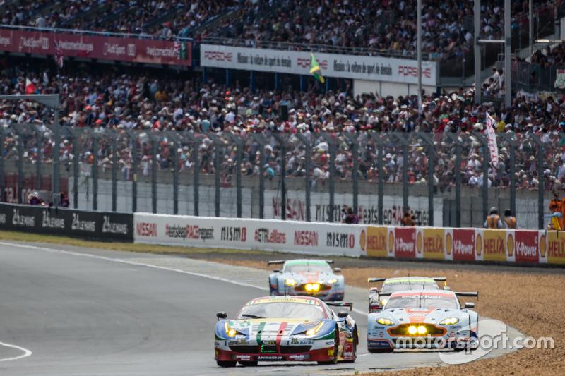 #51 AF Corse Ferrari 458 GTE: Джанмаріа Бруні, Тоні Віландер, Джанкарло Фізікелла