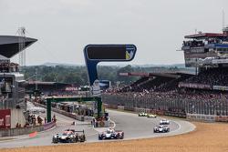 #31 Extreme Speed Motorsports Ligier JS P2: Ed Brown, Jon Fogarty, Johannes van Overbeek, #27 SMP Ra