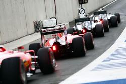 Nico Rosberg, de Mercedes AMG F1 W06; Lewis Hamilton, de Mercedes AMG F1 W06; Sebastian Vettel, Ferr