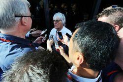 Bernie Ecclestone, avec les médias