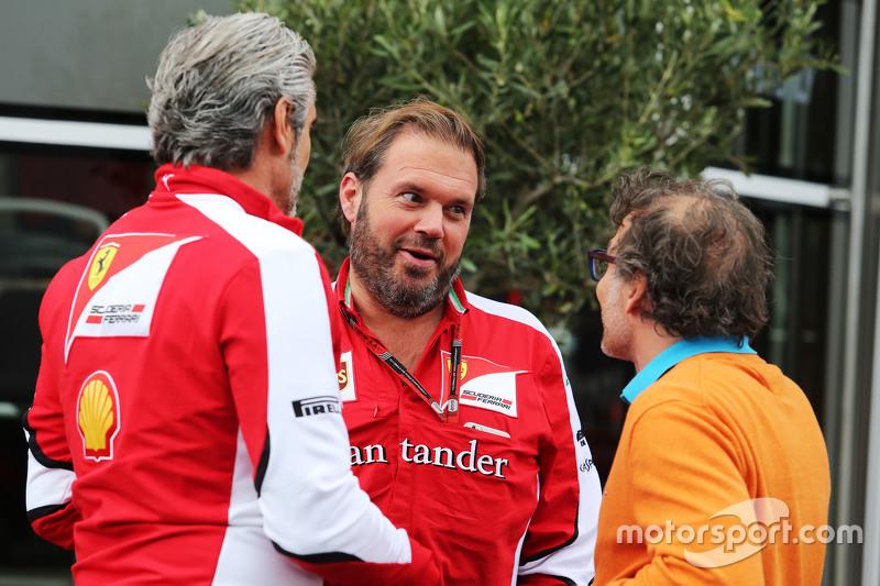 Maurizio Arrivabene, Ferrari Team Principal bersama Gino Rosato, Ferrari, dan Jacques Villeneuve,