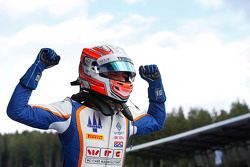 1. Luca Ghiotto, Trident