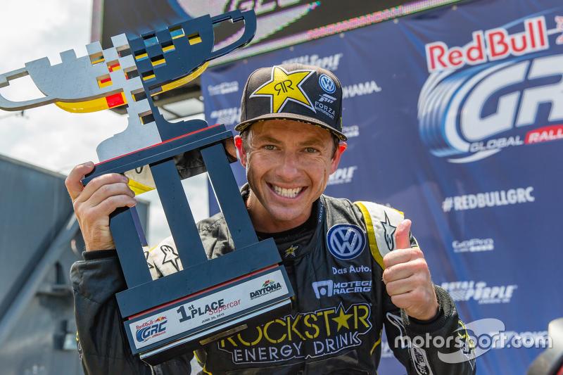 Il vincitore Tanner Foust, Andretti Autosport Volkswagen