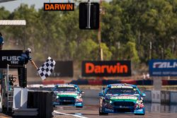 Chaz Mostert, Prodrive Racing Avustralya Ford galibiyete ulaşıyor