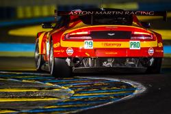Фернандо Реес, Алекс Макдауэлл, Ричи Стэнэвей, Aston Martin Racing V8, Aston Martin V8 Vantage GTE (№99)