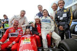 Fahrer bei der Legendenparade: Christian Danner, Riccardo Patrese, Gerhard Berger, Niki Lauda, Jean