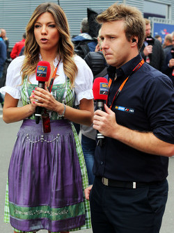 Federica Masolin, Presentatrice Sky F1 Italia con Davide Valsecchi, Presentatrice Sky F1 Italia
