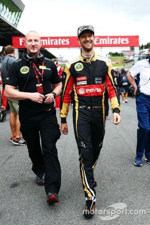 Ромен Грожан, Lotus F1 Team на стартовой решетке