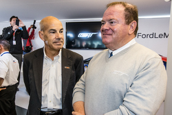 Scott Atherton, Präsident und Geschäftsführer von IMSA, und Chip Ganassi