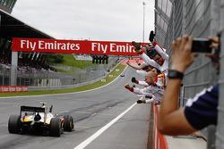 Rio Haryanto, Campos Racing, siegt