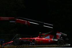 La Ferrari SF15-T di Kimi Raikkonen, Ferrari torna ai box sull'autotrasportatore