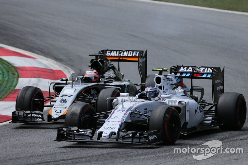 Valtteri Bottas, Williams FW37 e Nico Hulkenberg, Sahara Force India F1 VJM08 in battaglia