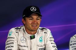 Juara balapan Nico Rosberg, Mercedes AMG F1 di FIA Press Conference
