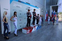 Алексей Корнеев - первое место, Никита Троицкий - второе место, Нерсес Исаакян - третье место