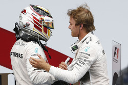 Race winner Nico Rosberg, Mercedes AMG F1 Team and second place Lewis Hamilton, Mercedes AMG F1 Team