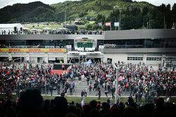 Podium: el ganador Nico Rosberg, segundo lugar, Lewis Hamilton, tercer lugar, Felipe Massa