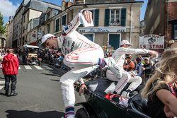 #19 Porsche Team Porsche 919 Hybrid: Earl Bamber