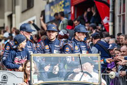 Aston Martin Racing : Roald Goethe, Marco Sorensen, Francesco Castellacci