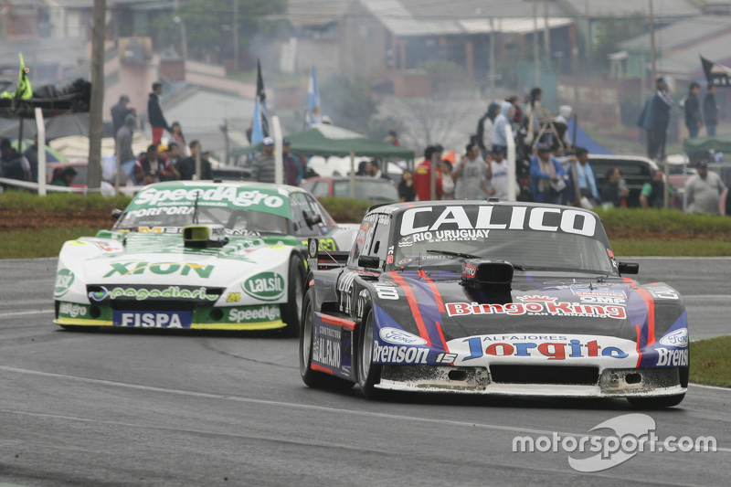 Emanuel Moriatis, Alifraco Sport Ford and Emiliano Spataro, UR Racing Dodge