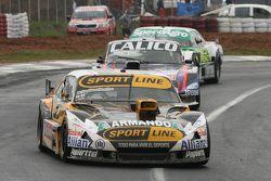 Leonel Pernia, Las Toscas Racing, Chevrolet, und Emanuel Moriatis, Alifraco Sport, Ford