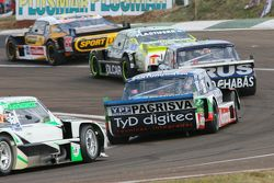Leonel Pernia, Las Toscas Racing Chevrolet; Agustin Canapino, Jet Racing Chevrolet; Emanuel Moriatis