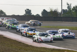 Santiago Mangoni, Laboritto Jrs Torino and Mathias Nolesi, Nolesi Competicion Ford and Matias Rodriguez, UR Racing Dodge and Luis Jose di Palma, Indecar Racing Torino and Federico Alonso, Taco Competicion Torino and \tc129 (left right, front to end)