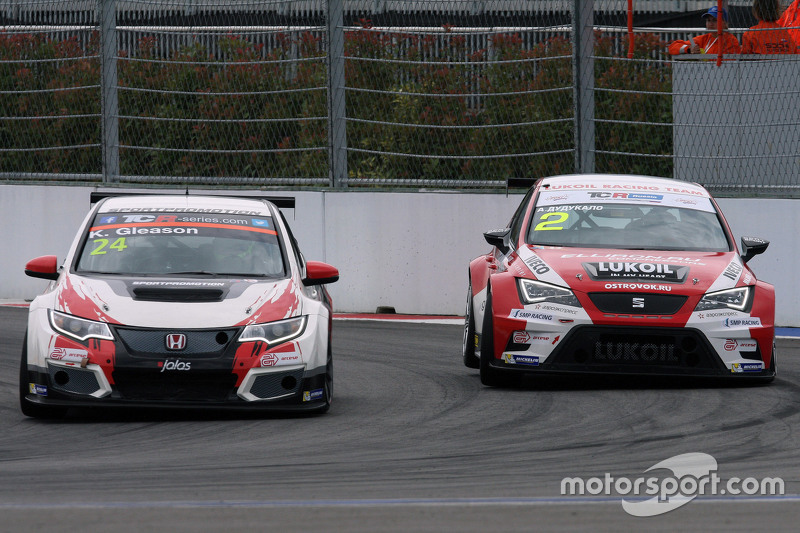 Kevin Gleason, Honda Civic TCR, West Coast Racing and Aleksey Dudukalo, SEAT Leon, Craft Bamboo Racing Lukoil