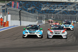 Stefano Comini, SEAT Leon, Target Competition and Mikhail Grachev, SEAT Leon, Liqui Moly Team Engstl
