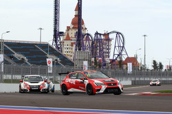 Sergey Afanasyev, SEAT Leon, Craft Bamboo Racing LUKOIL and Gianni Morbidelli, Honda Civic TCR, West