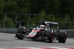 Stoffel Vandoorne, McLaren MP4-30 Driver
