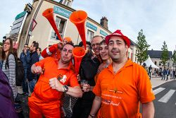 Colorful fans from the Netherland