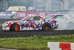 Иван Куренбин, Mazda RX-7 и Артур Мелкумян, Nissan Silvia S13