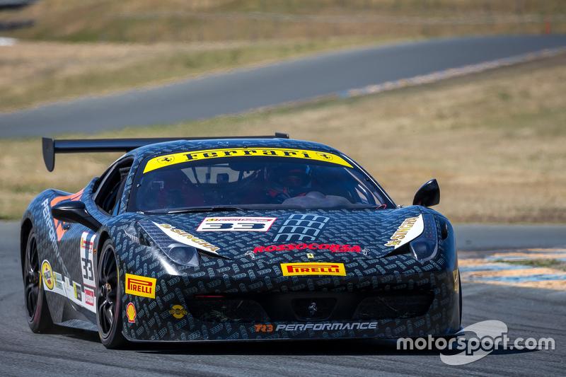 #33 The Collection, Ferrari 458: Arthur Romanelli